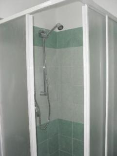 cabin shower