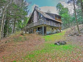Adirondack-Style 3BR Stamford House on Private 28-Acre Lake w/Wifi, 2 Family