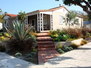 Immaculate Family Compound in Ideal, Santa Monica Location!!