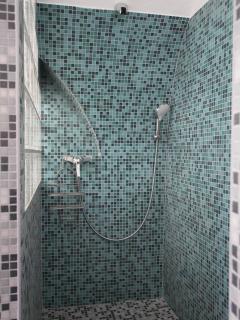 Gite vouté: la douche à l'italienne