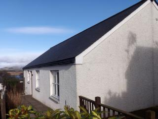 cottage overlooking Firth of Tay, in quiet village, Newburgh