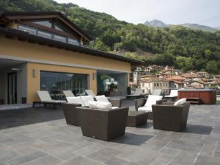 Menaggio Retreat 1 Lake Como villa to let, Lake Como Rental, Menaggio villa rental, Italian Lakes villa rental, Roma