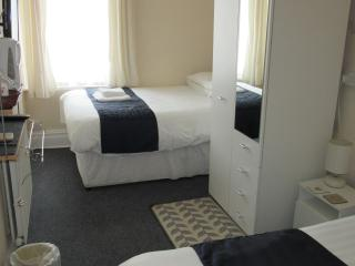 The Waverley Blackpool BnB Room 2