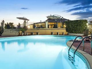 Villa Del Sole holiday vacation large villa rental italy, sicily, noto
