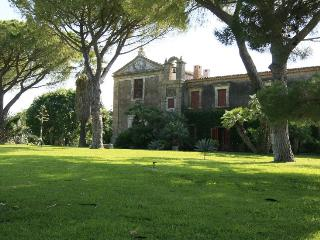 Villa Augusta holiday vacation large villa rental italy, sicily, near syracuse