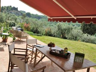 Villa Delamere holiday vacation large villa rental italy, tuscany, near