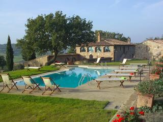 Villa Pamina holiday vacation large villa rental italy, tuscany, near siena, Monticchiello