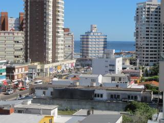Apartamento acogedor frente a Hotel Conrad, playa
