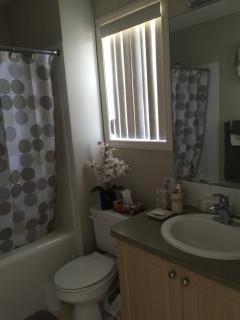 Masterbedroom Ensuite Bath