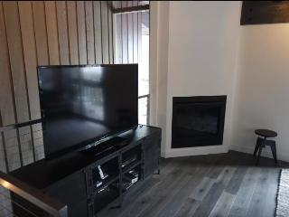 Modern condo near The Village, Mammoth Lakes