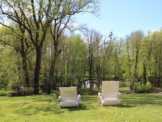 Le Jardin de la Berlande - Gites avec SPA dans superbe parc -