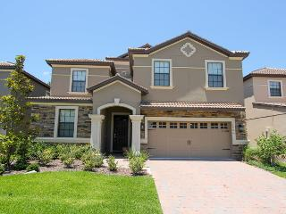 Champions Gate - Pool Home 8BD/5BA - Sleeps 16 - Gold, Loughman
