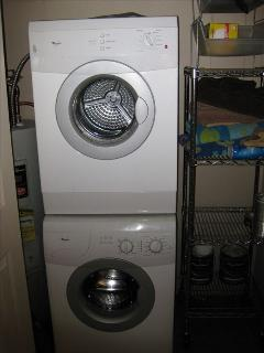washer and dyer in villa