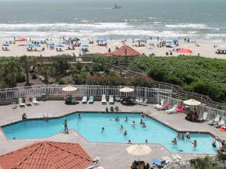 GREAT OCEAN & POOL VIEW, 2BR, 2 BATH CONDO St. REGIS, N. TOPSAIL BEACH, N.C.