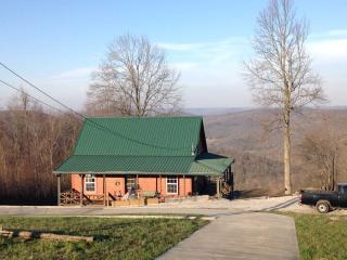 Sunrise Mountain Cabin winter season