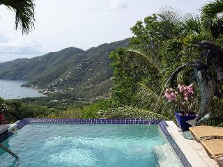 Dancing Dolphins Villa, Coral Bay