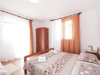 TH01516 Apartments Mira / One Bedroom A1, Splitska