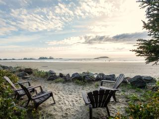 Tofino Beach Suite (Loft) on Chesterman