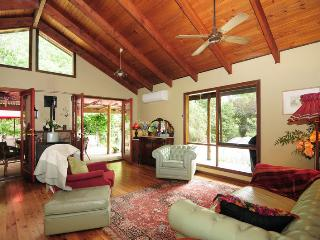 Orange Blossom Cottage, Kangaroo Valley