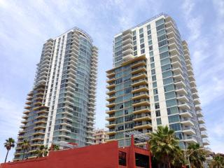 Furnished Luxury Condo in Downtown Long Beach, CA