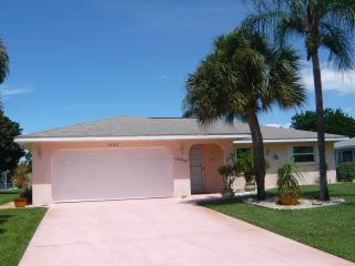 Beautiful Getaway Close to Lovely Gulf Beaches, Englewood
