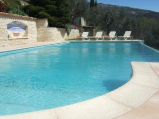 location 4 pers avec piscine à Cabris