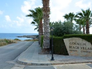 Villa Ariiadne - Coral Bay, 2 bed, sea views, Peyia
