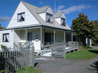 The Dolls House, Rotorua