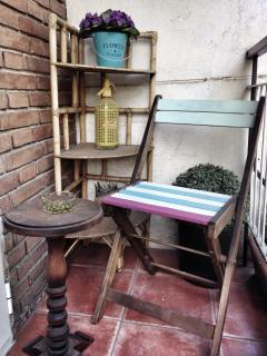 Vintage corner for smokers!