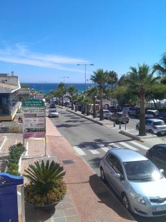 Avenida del Golf. The main road in Riviera del Sol.