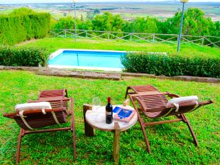 FANTASTIC VILLA WITH PRIVATE POOL, FRONTLINE GOLF, Sanlucar de Barrameda