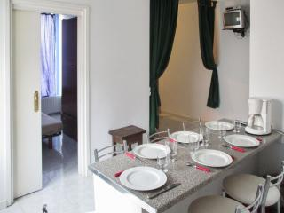 Classic Andorran apartment with WiFi, El Tarter