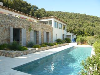 Four bed Villa in Beauvallon with Panoramic views.