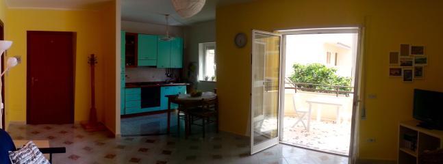 cucina e ingresso