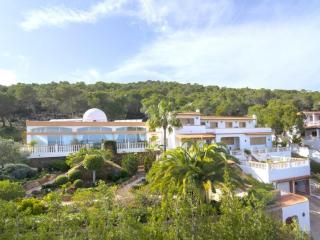 Can Lluis - Luxury 5 Bedroom Villa, Santa Eulalia del Rio