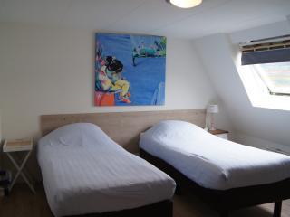 Esperanza Guest House - Room 1