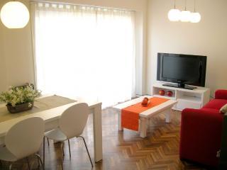 Ubicado en  sector residencial y comercial