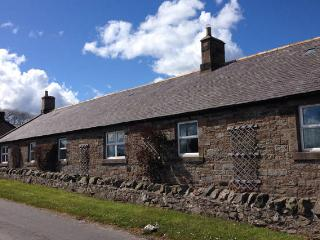 Shearling Cottage, 5 miles from Bamburgh Castle
