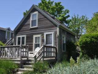 PET FRIENDLY RENOVATED 1BR COTTAGE - 3-MIN WALK TO, Provincetown