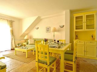Giddah Yellow Apartment, Albufeira, Algarve, Olhos de Agua