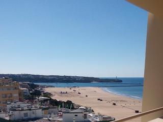 BEACH FRONT TOP FLOOR, Praia da Rocha