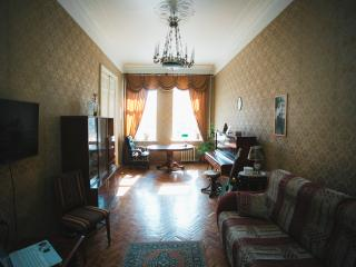 Classical apartmens in the heart of St. Petersburg