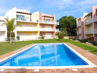 Marabi Brown Apartment, Vilamoura, Algarve