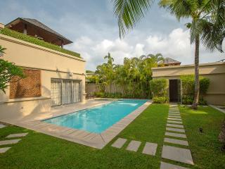 VILLA LASIA by Tropiclook, Bang Tao Beach