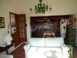 Beautiful 80 sqm. apartment with a stunning view, Toscolano-Maderno