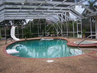 4/4 EXECUTIVE POOL HOME ON GOLF COURSE, Fort Lauderdale