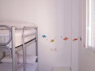 Dormitorio con litera doble