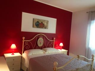 Apartment Mastro Toto' up to 5 persons + Wi Fi