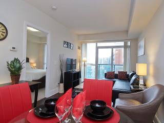 1011R - Deluxe One Bedroom Suite - Yonge / Eglinton, Toronto