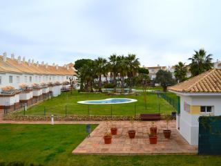 Chalet adosado 3 dormitorios,vista a piscina,a/a, El Portil